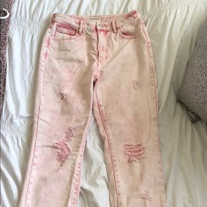 Pink light washed ripped PacSun jeans